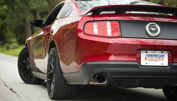 Ricky 39 s red candy metallic 2011 gt cs for 2000 mustang rear window louvers