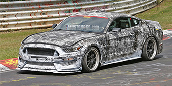 2018 SVT Ford Mustang Hits the Track!